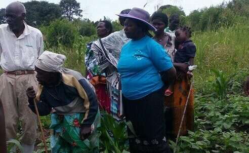 Rural women feeding the world with healthy food through agroecology